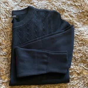 Banana republic black sweater size small